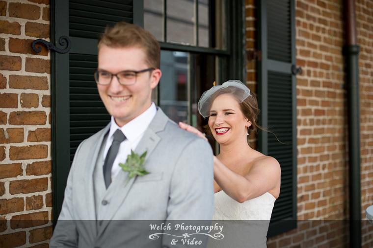 010-bride-greeting.jpg